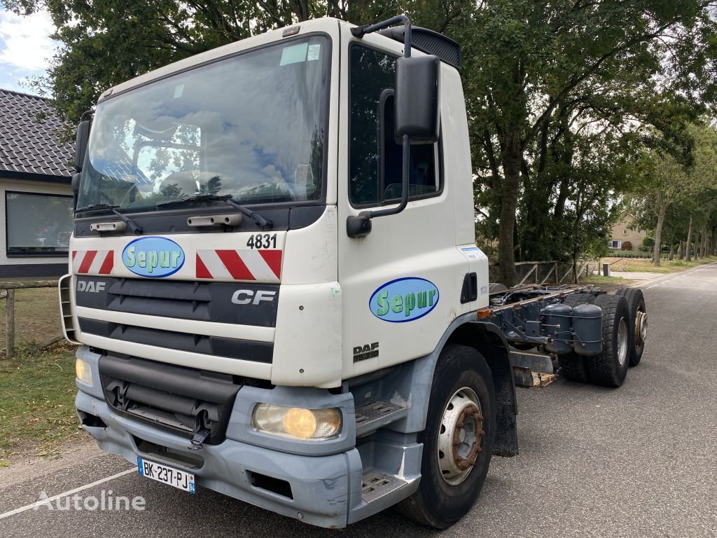 DAF 75.310 6X2 chassis truck