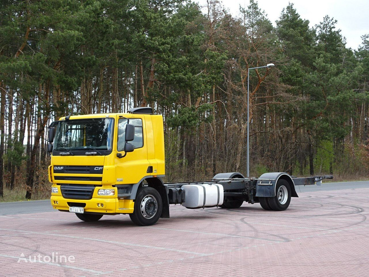 DAF CF 65.220 chassis truck