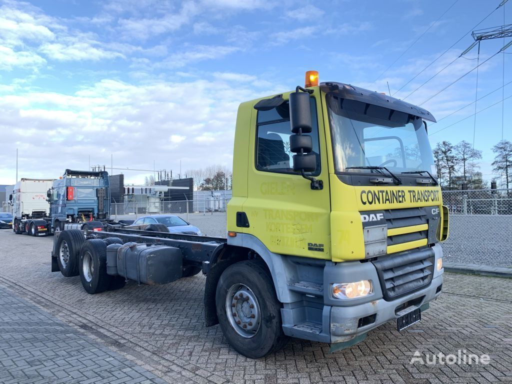 DAF CF 85.430 6x2 euro 3 2005 Geel chassis truck
