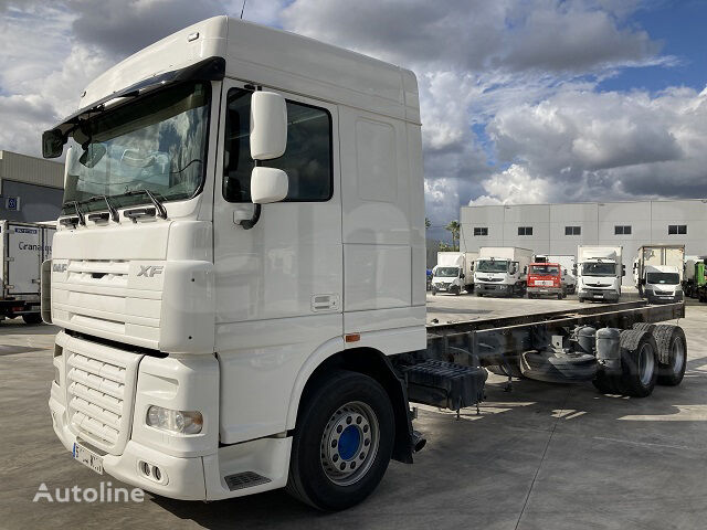 DAF FAS XF 105 400 chassis truck