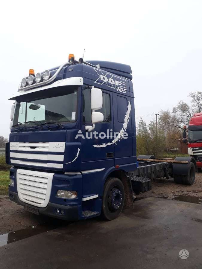 DAF XF 105.460, semi-trailer trucks chassis truck for parts