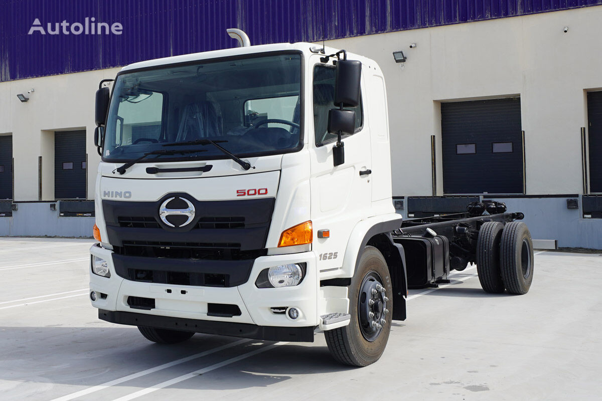 new HINO FG – 1625 10.3 Ton 4×2 Single Cab with bed space chassis truck