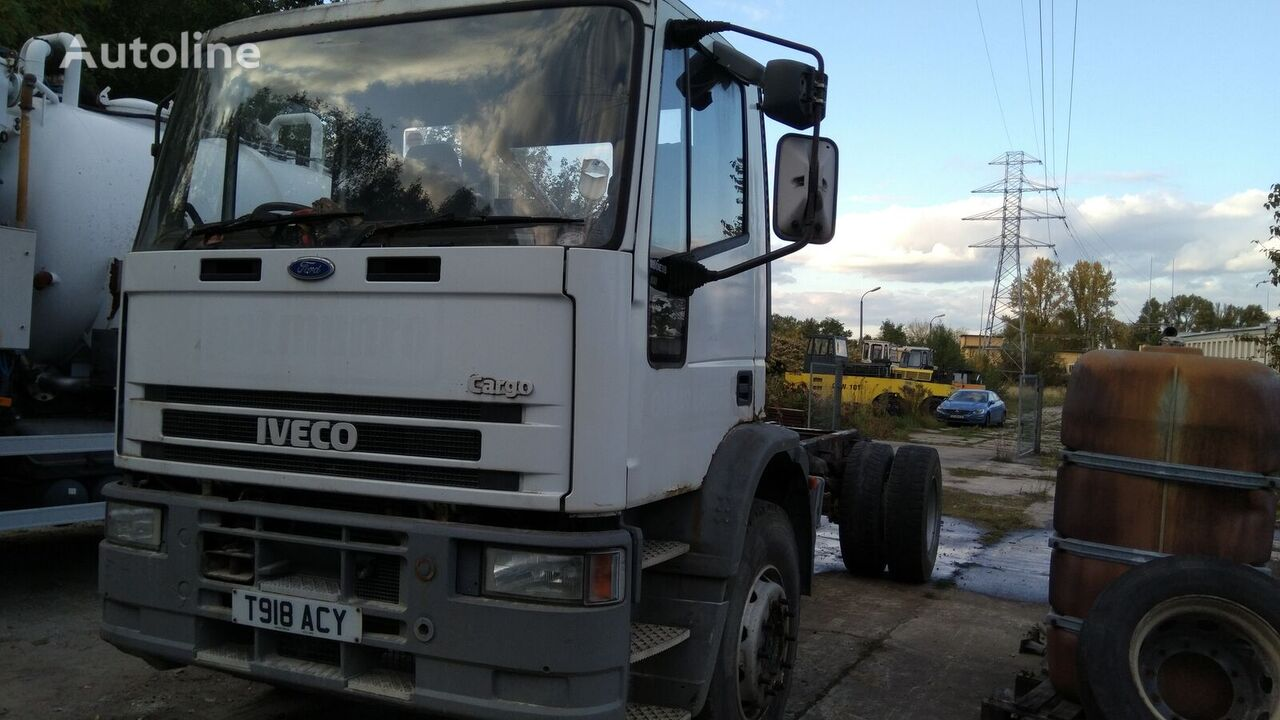 IVECO 18e180 chassis truck