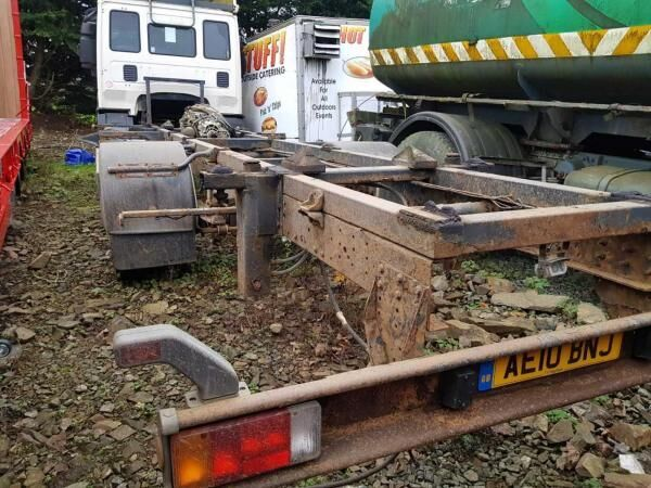 IVECO Cargo 75E18  chassis truck