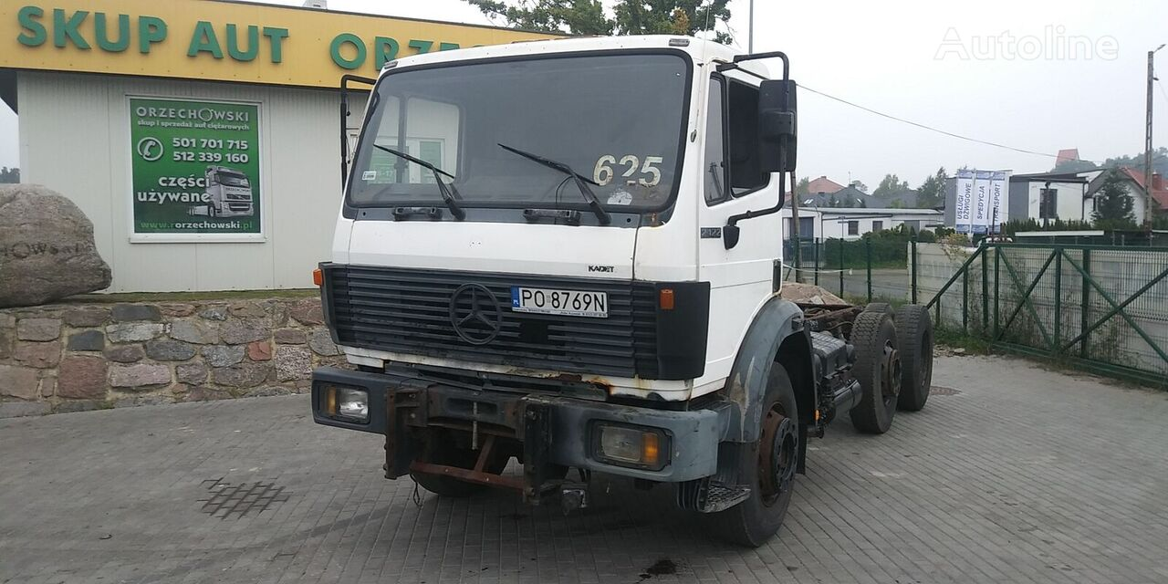 MERCEDES-BENZ 2224 L SK chassis truck