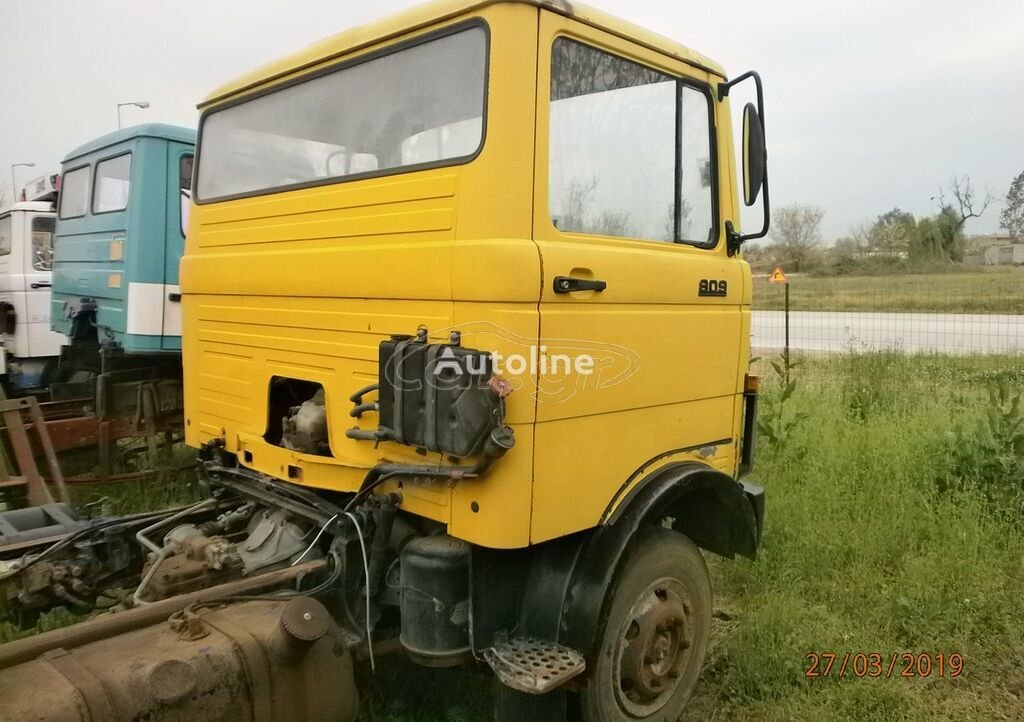 MERCEDES-BENZ 809-813-SE ANTALAKTIKA '85 chassis truck for parts