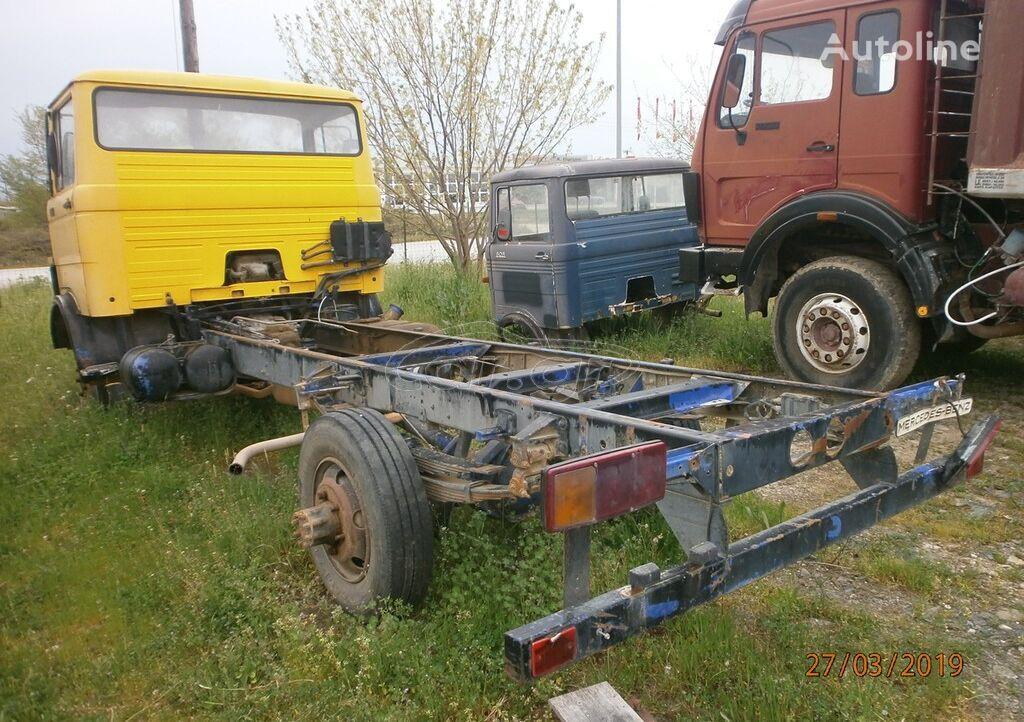 MERCEDES-BENZ 809LP 813  chassis truck