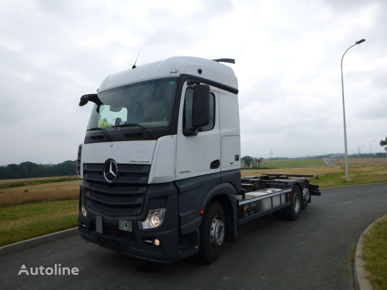 MERCEDES-BENZ ACTROS MP4 chassis truck