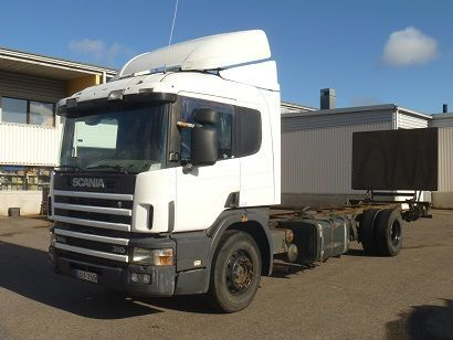 SCANIA 94G 310 4X2 chassis truck