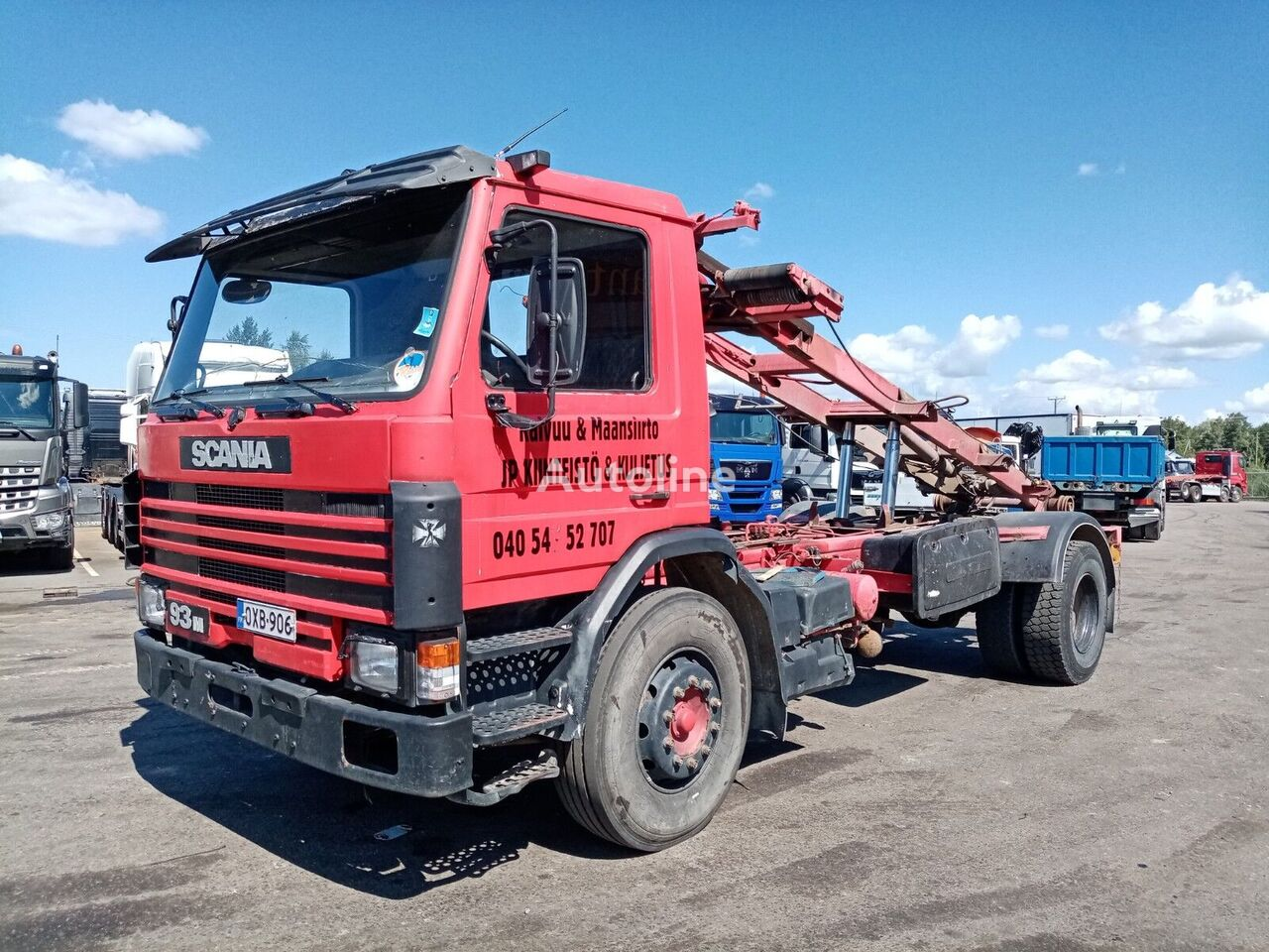 SCANIA P93 4x2 full spring chassis truck