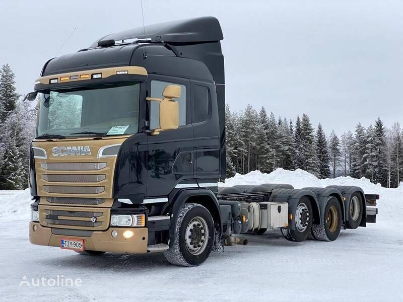 SCANIA R 580 chassis truck