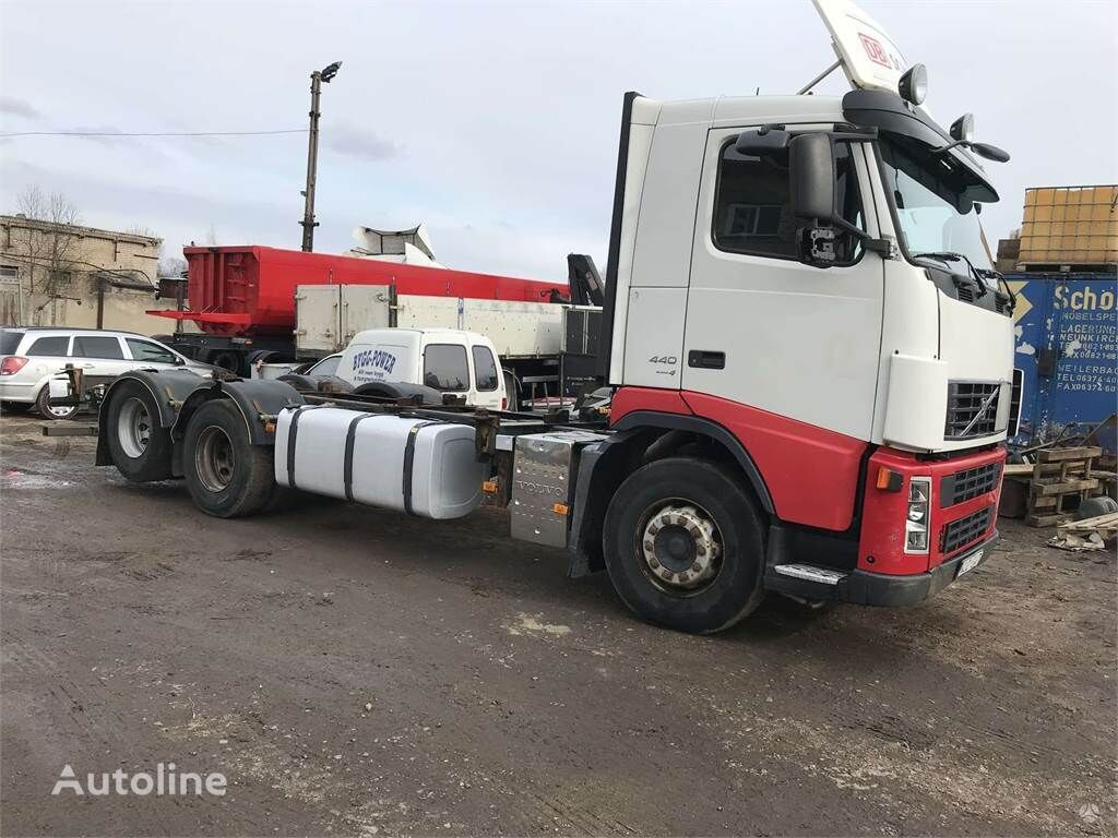 VOLVO FH-12 chassis truck