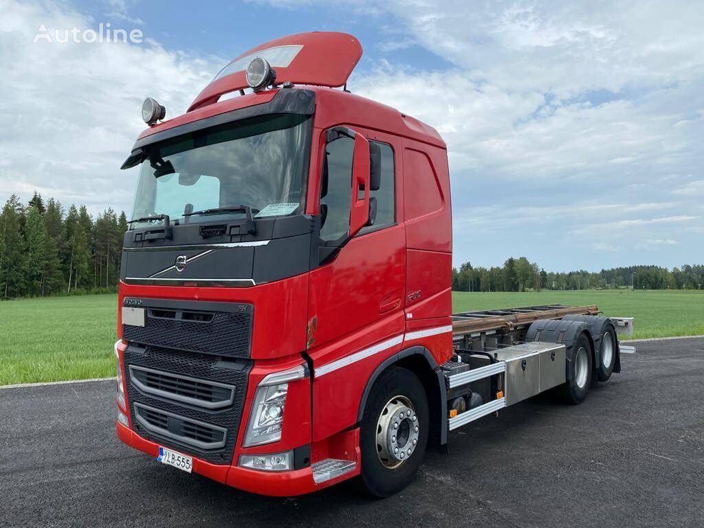 VOLVO FH-13 chassis truck