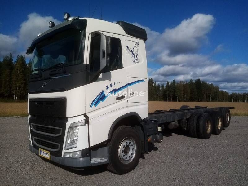 VOLVO FH16 chassis truck