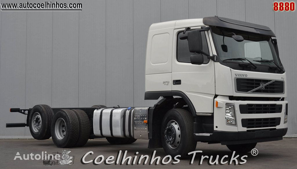 VOLVO FM 370 chassis truck
