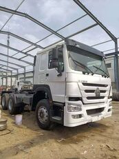 HOWO ZZ3257N4347C1 container chassis