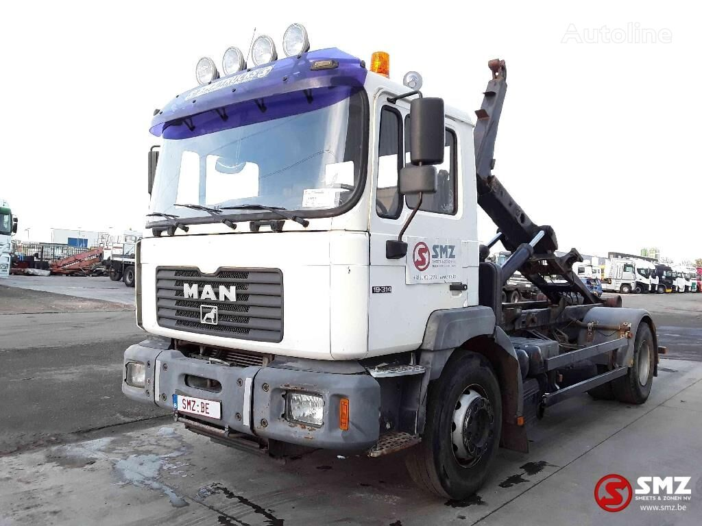 MAN 19.314 container chassis