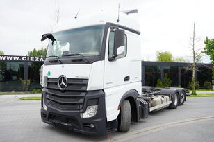 MERCEDES-BENZ Actros 2542 , E6 , 6X2 , low deck MEGA , steering axle , BDF , 7 container chassis