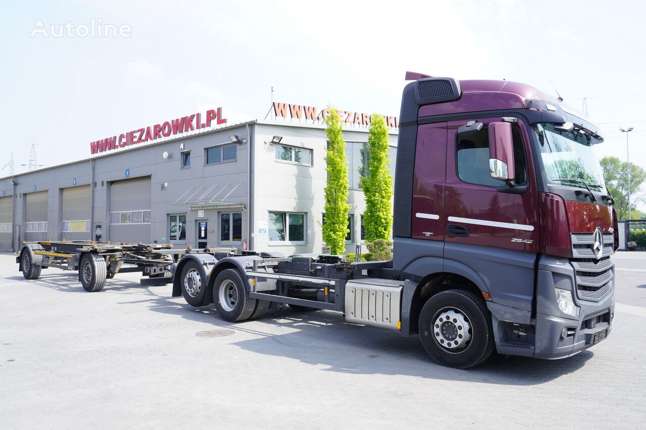 MERCEDES-BENZ Actros 2542 , E6 , BDF SET , 2 beds , ACC , Low Mileage  container chassis + chassis trailer