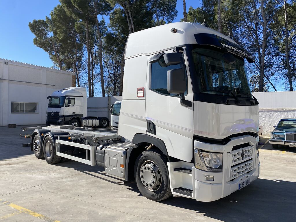 RENAULT T 460.26 container chassis