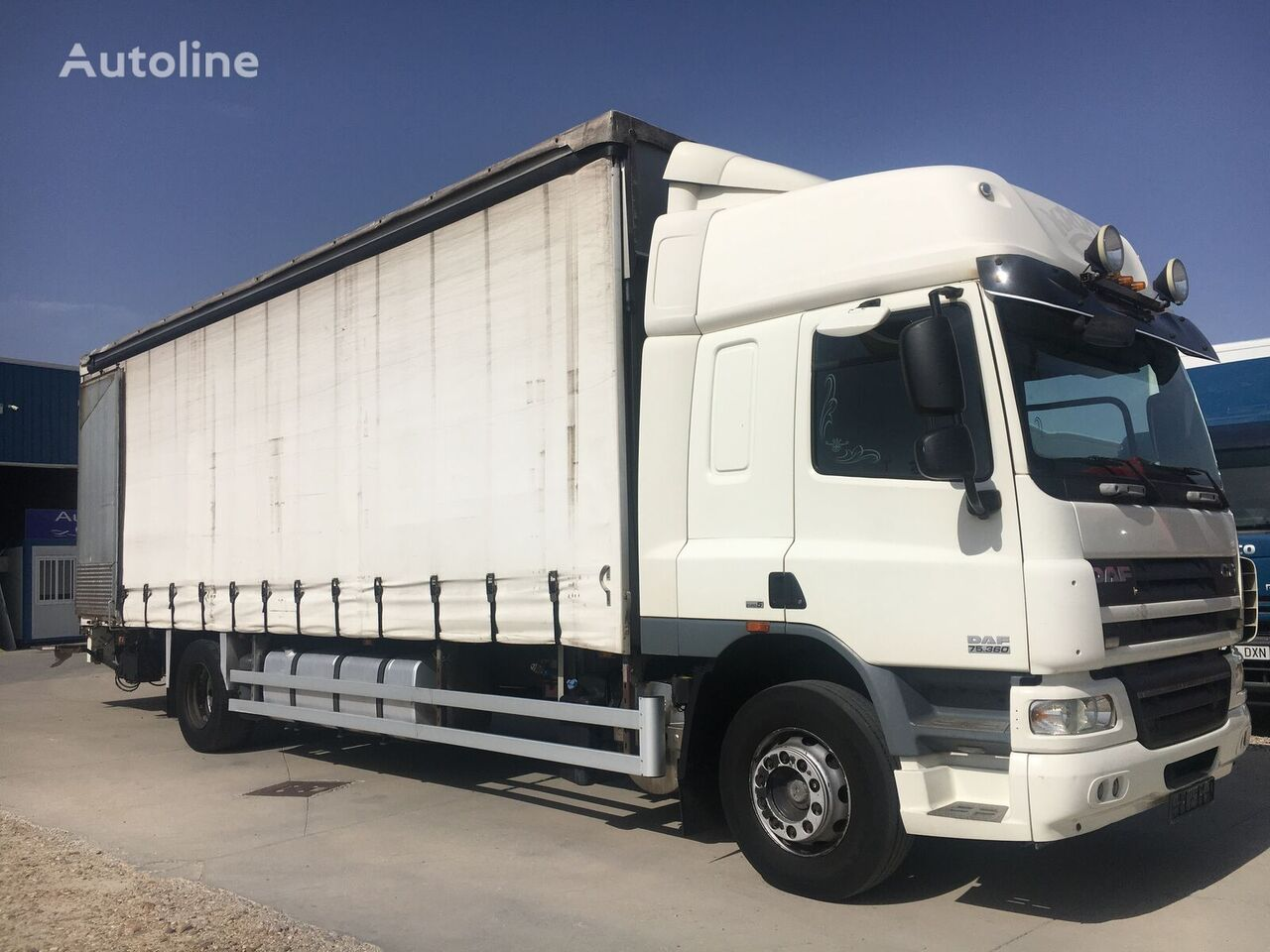 DAF 360. TAUTLINER 8,50. CHASIS PARA PIEZAS  curtainsider truck