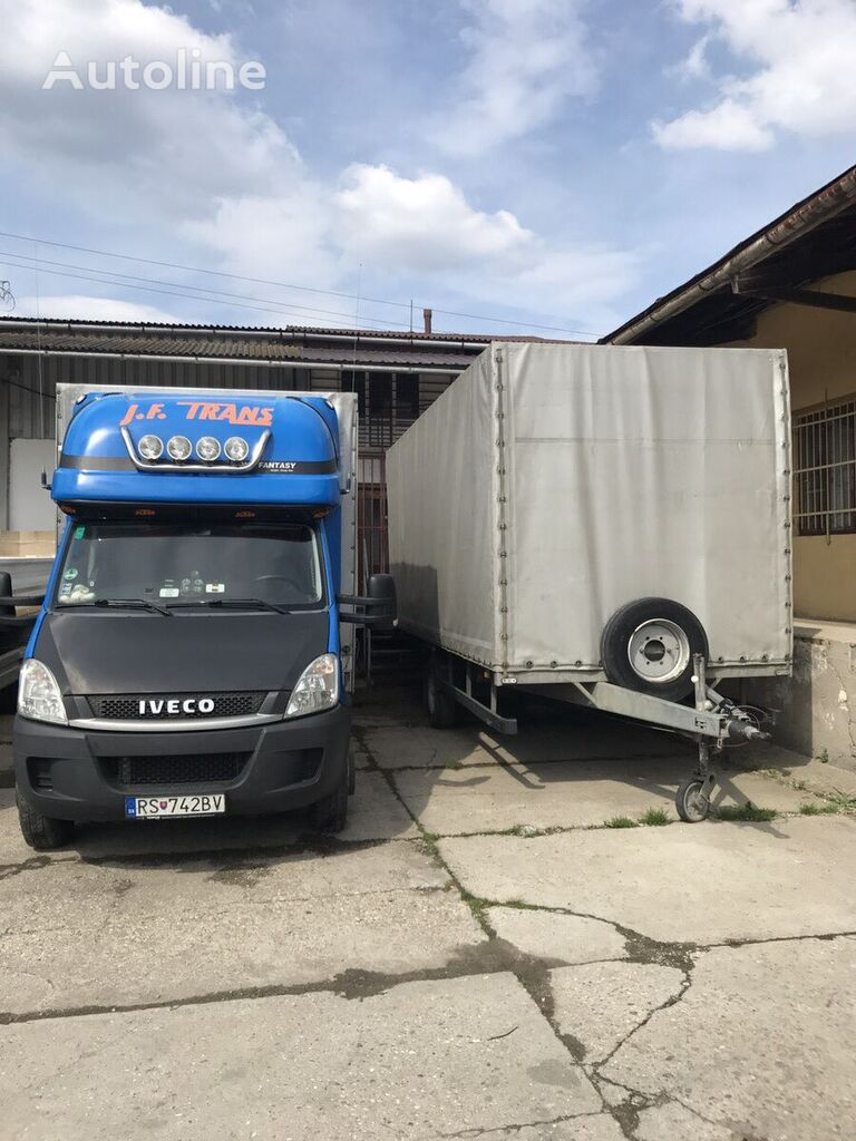 IVECO Daily 70C18 curtainsider truck + curtain side trailer