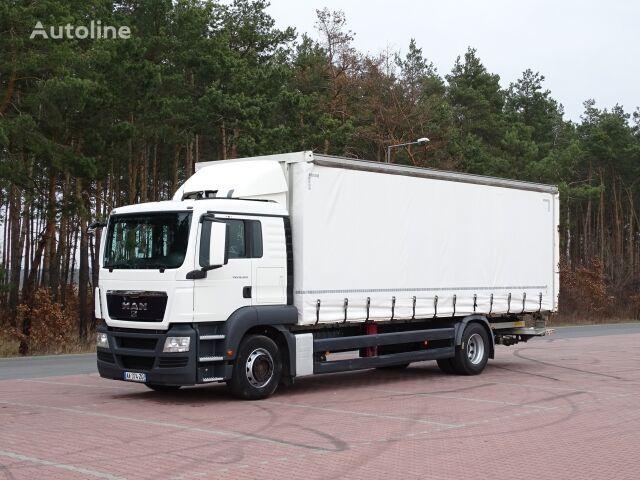 MAN TGS 18.320  curtainsider truck
