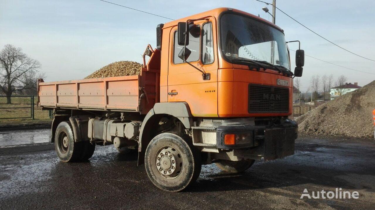 MAN 19-293 + piaskarka dump truck
