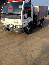 NISSAN CABSTAR 45.13 Ribaltabile + Gru dump truck