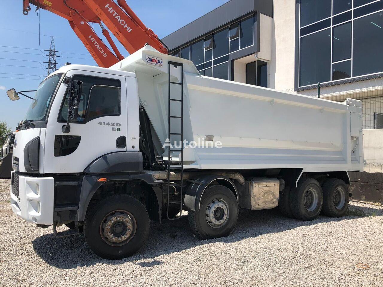 Ford Trucks 4142 D dump truck