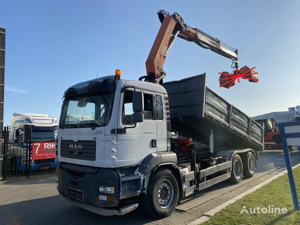 MAN TGA 26.390 6X4 MANUAL FULL STEEL + PALFINGER PK17502 + KIPPER dump truck