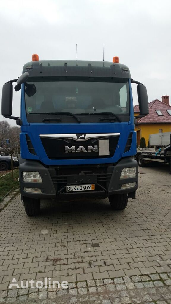 MAN TGA 35.400 dump truck