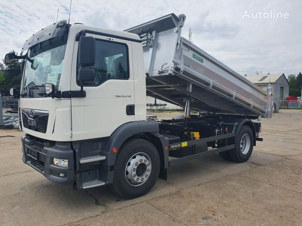 new MAN TGM 18.250 dump truck