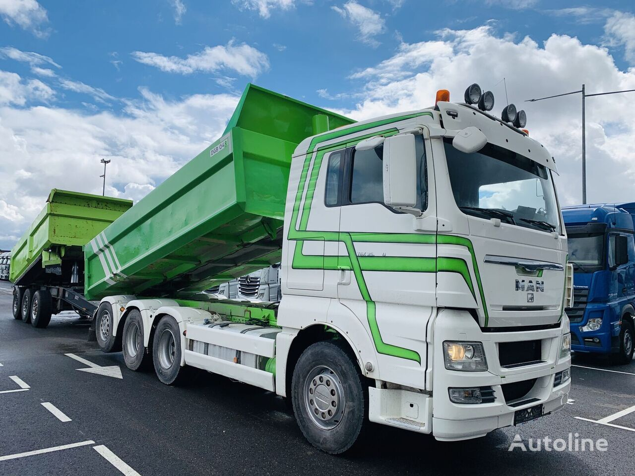 MAN TGX 35.540 8x4 + Istrail dump truck + dump trailer