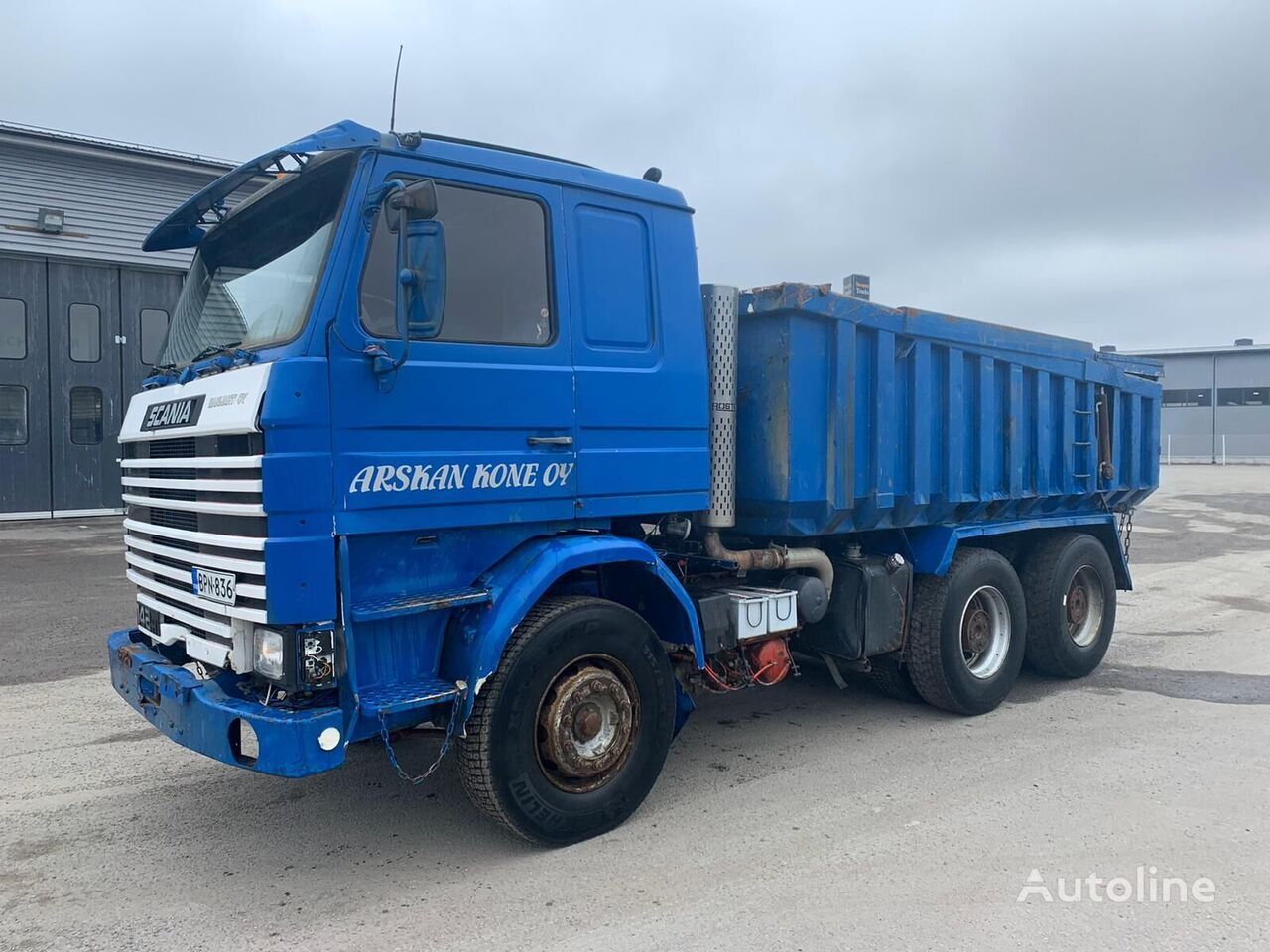 SCANIA R142 6x4 32 tons heavy kipper full spring dump truck