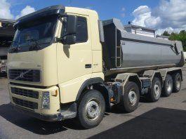 VOLVO FH 440 dump truck