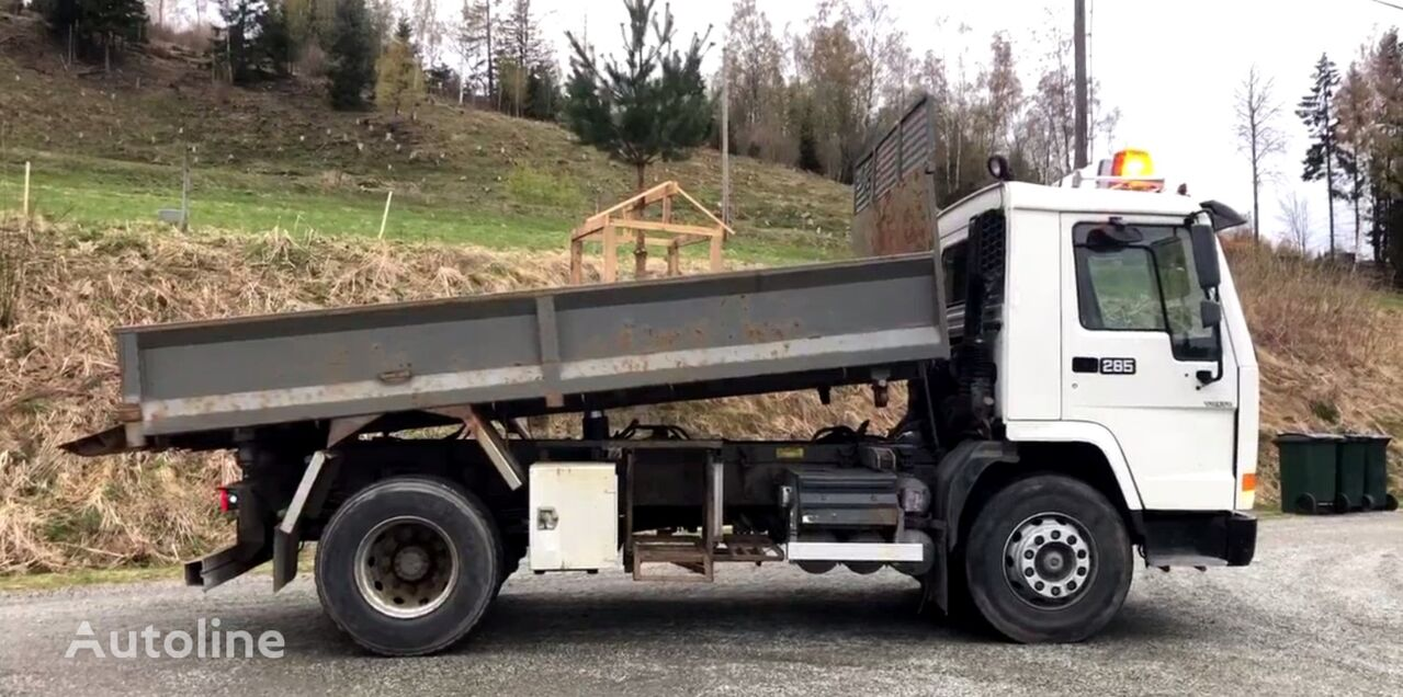 VOLVO FL 7 *Kipper dump truck