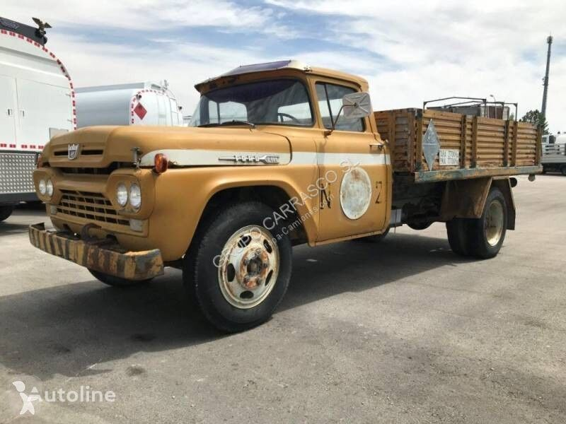 FORD F-500 flatbed truck