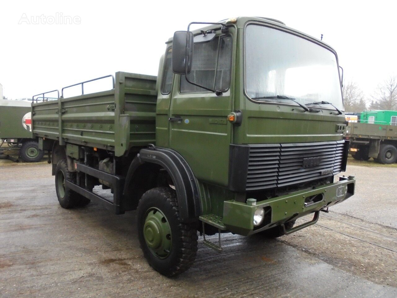IVECO 110-17 flatbed truck