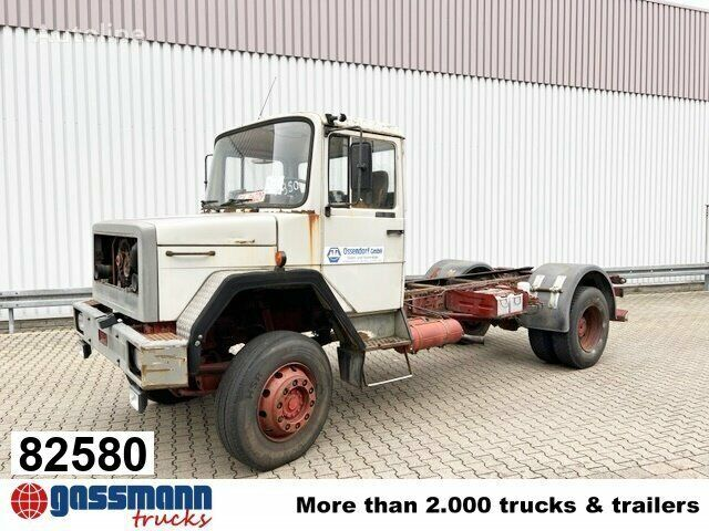 IVECO 150-16 flatbed truck
