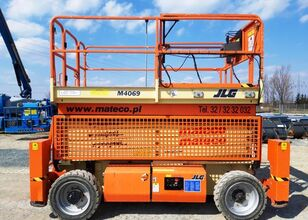 JLG 4069LE flatbed truck