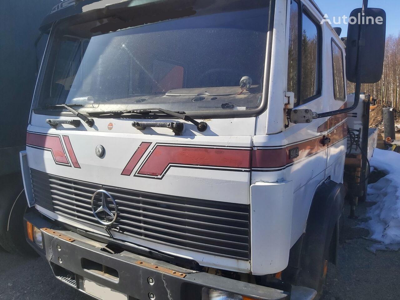 MERCEDES-BENZ 914 with Ferrari 500 crane flatbed truck