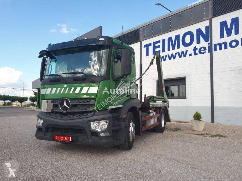 MERCEDES-BENZ Antos flatbed truck