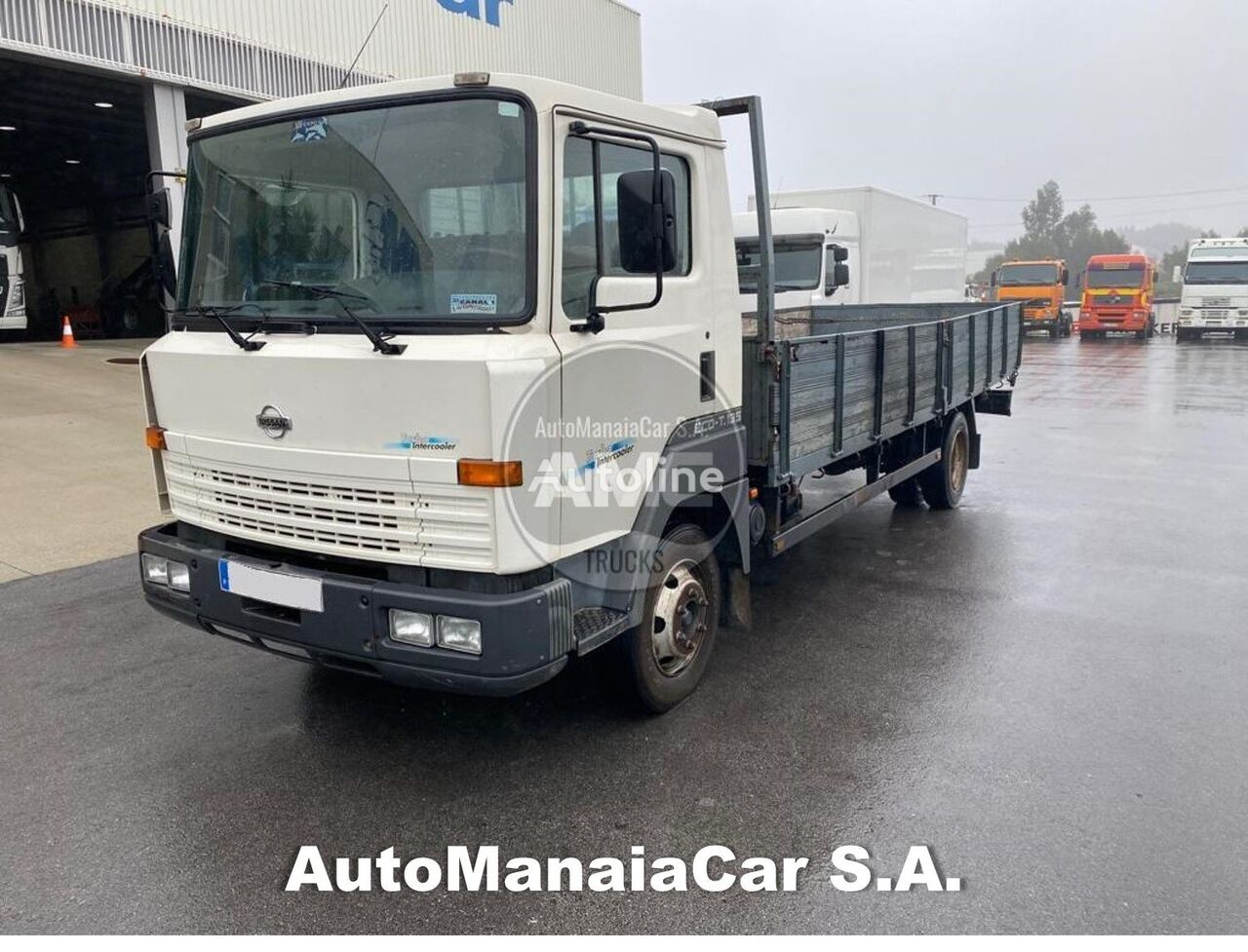 NISSAN ECO T 135 flatbed truck