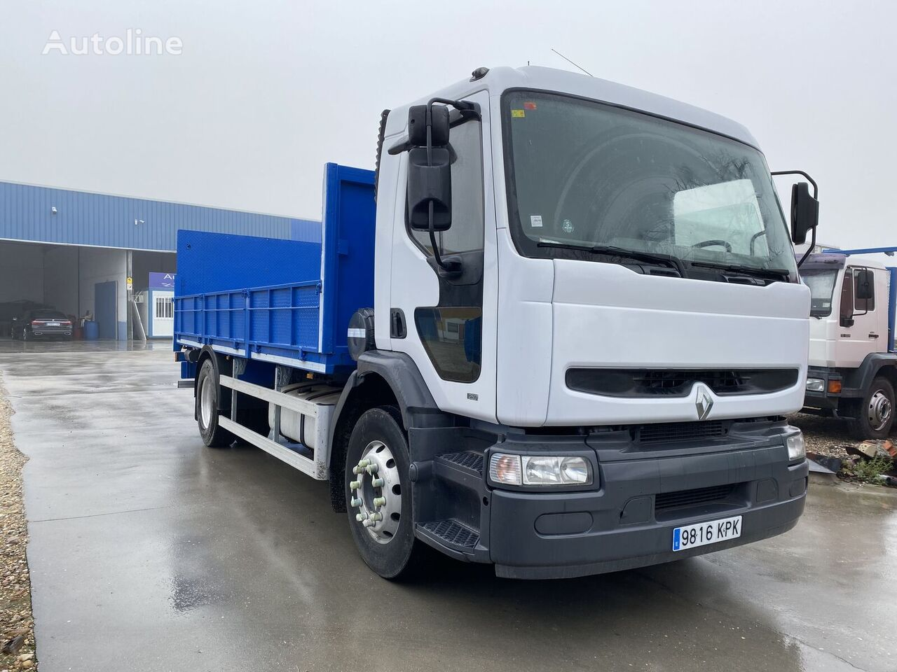 new RENAULT 270. 18 TON. CAJA ABIERTA 5,60. flatbed truck