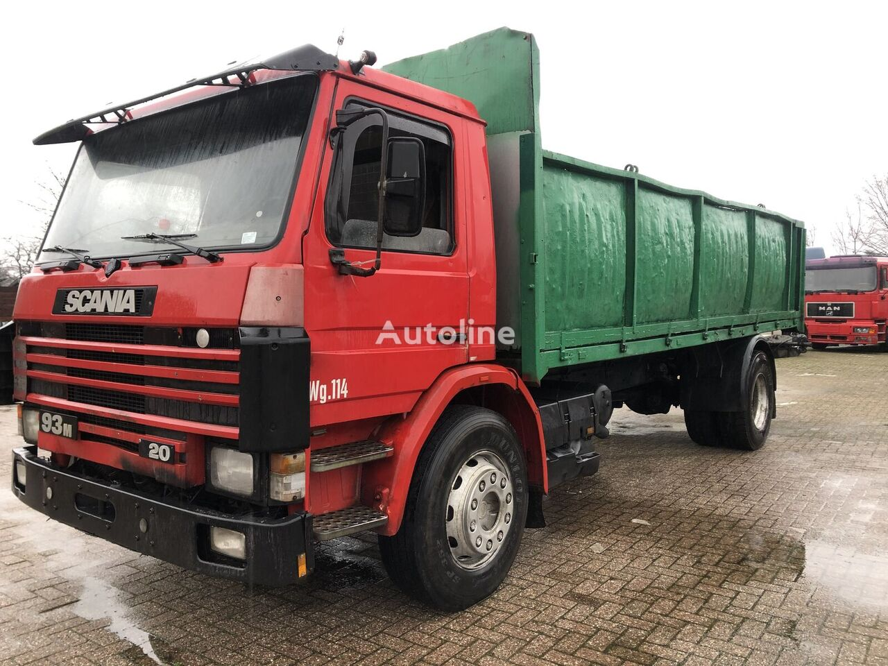 SCANIA 93M flatbed truck