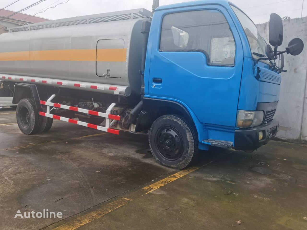 DONGFENG Tank Truck 6 Tons fuel truck