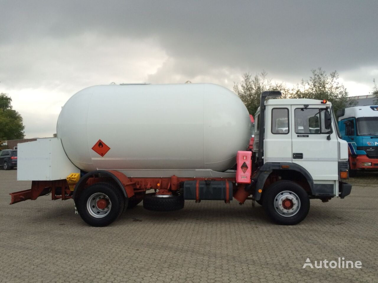 IVECO ACERBI 16.000 gas truck