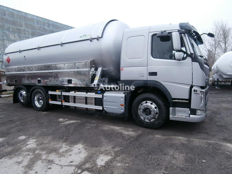 VOLVO gas truck + trailer