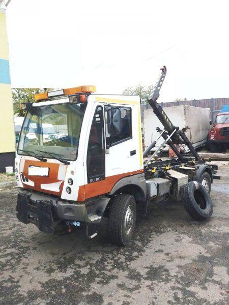 BUCHER 4x4 Schörling BU 200 (6.5t hook lift truck
